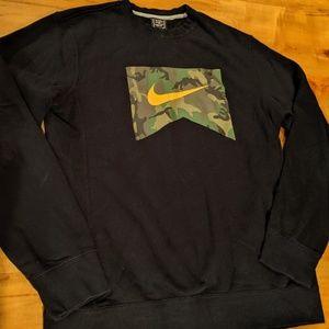 Nike black camo orange crew sweatshirt medium new